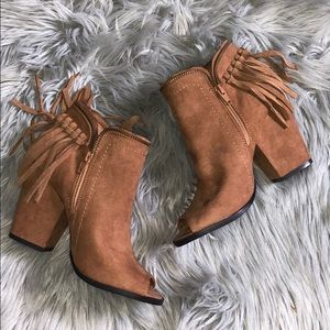 DV by Dolce Vita ankle boots
